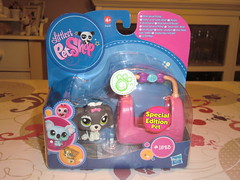 Petshop 1523 (MissLilieDolly) Tags: bear horse dog chien pet pets bird cat cheval chat panda tiger collection figurines dolly figurine miss animaux petshop tigre oiseau lilie hasbro ours 1523 missliliedolly
