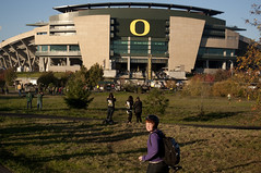 Autzen Stadium (tenfeet_tall) Tags: oregon nikon ducks eugene ncaa collegefootball autzen wazzu d90