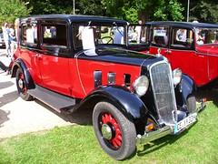 Renault Monaquatre YN2 1933 (Zappadong) Tags: auto classic car automobile voiture renault coche classics oldtimer oldie carshow celle 1933 youngtimer automobil yn2 2013 oldtimertreffen monaquatre zappadong