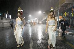 Big Krathong Day parade (- yt -) Tags: girls beautiful rain festival thailand costume chiangmai tradition lanternfestival loykrathong drenched watbupparam fujifilmxe1