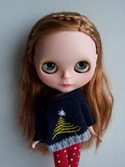 Pompom got a nice sweater