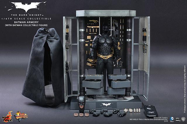 Hot Toys - MMS234 - 黑暗騎士:1/6 比例 蝙蝠俠武器櫃(附蝙蝠俠人偶)