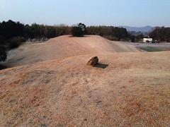 舟塚山古墳、後円部から前方部 Photo