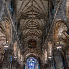 St Giles' Cathedral (RIch-ART In PIXELS) Tags: stgilescathedral edinburgh scotland unitedkingdom cathedral church leica leicadlux6 dlux6 schotland city town architecture building buildingstructure interior vault arch
