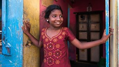 Cwc 582 - Triplicane (Raghunathan Anbazhagan) Tags: tamilnadu india chennai triplicane city portrait portraits girl color colorful smile happiness canon 70d cwc weekend clickers cwc582 chennaiweekendclickers madras