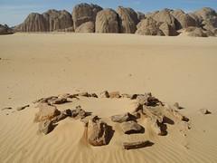 Chad Tibesti NE (ursulazrich) Tags: tschad chad ciad tchad tibesti sahara afrika africa afrique tomb grave grab steinkreis stonecircle desert sand