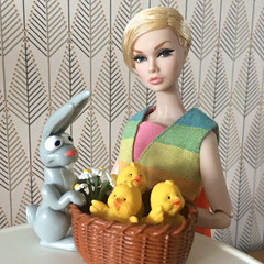 Happy Easter! Happy Spring! Happy Happy Everything! (Inger K) Tags: integritytoys bigeyes poppyparker mattel barbie vintage påsk easter bunny basket chicken chick rement
