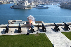 Saluting Battery (Majorimi) Tags: canon eos 70d digital color colorful nice saluting battery upperbarrakkagardenssalutingbatteryvalletta malta cannon fun history sea rock city old shot fire smoke