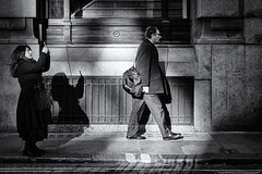 Bank, London (Ariel DaSnapper) Tags: streetphotography street streets shadow light candid candidshot people photography documentary london fujifilm fuji fujinon xpro1 xphotographer monochrome blackandwhite bw bnw