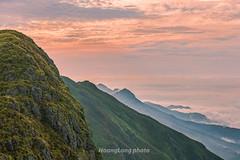 _Y2U9496+02.0417.Phiêng Ban.Bắc Yên.Sơn La. (hoanglongphoto) Tags: asia asian vietnam northvietnam northwestvietnam landscape scenery vietnamlandscape vietnamscenery vietnamscene morning outdoor sky cloud clouds mountain mountainouslandscape nature canon canoneos1dx tâybắc sơnla bắcyên tàxùa phiêngban phongcảnh thiênnhiên buổisáng bầutrời mây núi phongcảnhtâybắc phongcảnhtàxùa flank sườnnúi dale thunglũng canonef70200mmf28lisiiusmlens sunrise bìnhminh