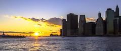Manhattan sunset I (gatetegris) Tags: ny nyc newyork usa estadosunidos hudsonriver manhattan lowermanhattan sunset sky ocean oceanoatlantico ocaso atlantic atlantico atlanticocean atardecer frombrooklyn brooklynbridgepark dumbo dusk postadesol puestadesol sea mar travel viajar viaje vacaciones statueofliberty estauadelalibertad
