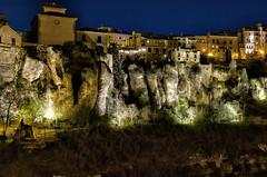 Cuelga la noche en Cuenca (mArregui) Tags: wwwarreguimeluscom marregui nocturna fotografíanocturna cuenca castillalamancha luces luz conquense casas colgadas casascolgadas