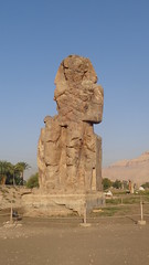 Colossi of Memnon (Rckr88) Tags: colossi memnon colossiofmemnon luxor egypt africa travelling travel ancient ancientegypt relic relics statue statues pharoahs pharoah