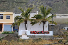 villa palmera (Rasande Tyskar) Tags: la palma kanaren canary islands islas canarias building buildings gebäude haus häuser homes house houses villa palm trees palmen
