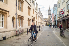 ClassicOxford-8551 (toniertl) Tags: filmmeet oxford spring talkphotography toniphotoxoncouk oxfordbicycles university backstreets vanishingpoint