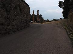 Trieste_117_1240 (Paolo Chiaromonte) Tags: olympus omdem5markii micro43 paolochiaromonte mzuikodigitaled1240mm128pro trieste friuliveneziagiulia italia travel columns colonne italy