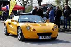 Lotus Elise (seb !!!) Tags: 2017 auto automobile automovel automovil automobil cabriolet decapotable decouvrable convertible roadster spider spyder canon 1100d cars youngtimers populaire seb france voiture wagen car coffee breuilpont grande bretagne anglais anglaise english british britain england photo picture foto image bild imagen imagem jaune giallo amarillo amarelo yellow gelb classique classic klassic