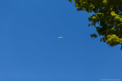 AA-20170409-2425 (andreas.abzieher) Tags: parachute spring sky canon canon6d ef 135mm f2l usm