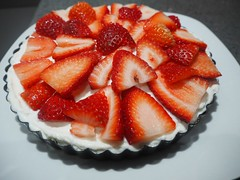 Cooking with Natvia: Recipe for Healthy Strawberry Cheesecake (wildcatfitnessvlog) Tags: recipes cake cheesecake cooking eat well food blogger health healthy dessert lifestyle natvia protein quit sugar recipe free weight loss