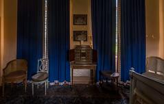 DSC_4105-HDR (Foto-Runner) Tags: urbex lost decay abandonné château castel dingue fou crazy passions haine
