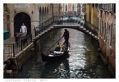 Sotoportego de le Ostreghe (Alfoja) Tags: venezia veneto venice gondole gondola gondoliere alfoja lucianofoglia foglia ostrega