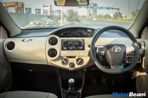 2017-Toyota-Etios-9