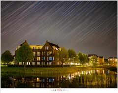 It is raining stars (nandOOnline) Tags: nacht mirrorless stars starstrals gfx middenformaat steren sterrensporen night city fuji fujifilm helmond gfx50s brandevoort stad