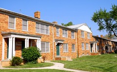 17435-17529 Manderson Road: Colonial Revival Townhouse Apartments--Detroit MI (pinehurst19475) Tags: city building brick architecture apartments michigan townhouse detroit builder townhouses entrances manderson palmerpark nationalregister nationalregisterofhistoricplaces colonialrevival nrhp mihistoricsite cityofdetroithistoricdistrict nrhpdistrict05000014 palmerparkapartmentbuildingshistoricdistrictboundaryincrease multiunithousing mandersonroad 1743517529manderson lestersatovsky
