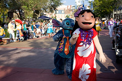IMG_5606 (onnawufei) Tags: stitch parade disneyworld wdw liloandstitch waltdisneyworld lilo magickingdom