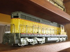 More HO Brass - Scale Steam & Diesel Locomotives (bslook1213) Tags: nyc scale japan vintage japanese model hand o handmade g models trains hobby ktm collection made southern 1950s co unionpacific bo westside 1960s hobbies ho 1970s balboa craftsman 1980s brass mts nakamura lmb southernpacific akane csx ajin kmt steamlocomotive pfm railraod passengertrains diesellocomotive oldtrains on3 tetsudo traincollection suydam tenshodo brasslocomotives hon3 streamlinelocomotive daiyoung vintagemodeltrains hobrass brasstrains brasstraincollection hon3brassmodelstrains esuydam lmblum akanebrass pfmunited unitedmodels pacificfastmail erierailroadgmo brassstreamliners hoscalebrass oscalebrass