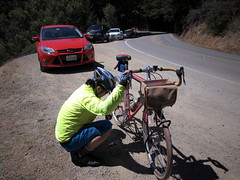 Road side triage (Franklyn W) Tags: mttam bikeride stinsonbeach ridgecrest millvalley mttamalpais fairfaxbolinasroad panoramichwy