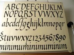Prctiques amb pinzell (xelo garrigs) Tags: letters brush calligraphy pincel letras caligrafa calligraphie pinzell cancelleresca calligrafia humanstica