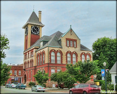 New Bern City Hall (Photos By Vic) Tags: old building downtown cityhall northcarolina historic newbern