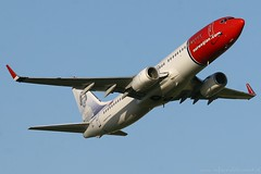 Norwegian Air Shuttle (Rudy 'RuudsteR' van de Leemput) Tags: aviation air transport rudy norwegian shuttle netherland boeing schiphol spotting 737 spotters spotten leemput lndyg ruudster