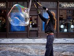 The bubble (Melchita) Tags: streetphotography street streetcolor streetphotographycolor streetscenes colorphotography urbanphotography urbanlife urbanscenes praga melchita