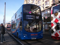 Lothian 941 SN10 DKL on 100 (sambuses) Tags: 941 lothianbuses airlink sn10dkl