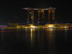 Marina Bay (ong_jeric) Tags: olympus olympuspenepl7 mzuiko 17mm mzuikodigital17mmf18 singapore nightphotography