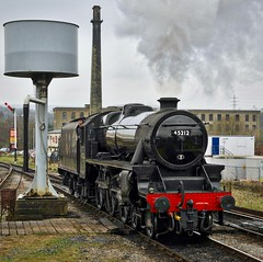 East Lancs Railway Rawtenstall Lancashire 11th March 2017 (loose_grip_99) Tags: eastlancs railway railroad rail lancashire england uk elr lms train steam engine locomotive preservation transportation stanier black5 460 45212 gassteam uksteam trains railways gala rawtenstall chimney may 2017