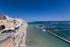 Otranto's old town (Tim&Elisa) Tags: puglia italy otranto water mediterraneansea turquoise oldtown