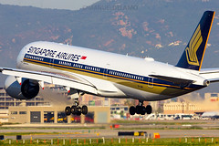 9V-SMG / Singapore Airlines / Airbus A350-941 / Barcelona (BCN/LEBL) / 10-04-2017 (ManuelDelAmo) Tags: 9vsmg singaporeairlines airbus a350941 a359 a350 aviation civilaviation commercialaviation aircraft airplane plane heavy widebody arrival landing floating runway 25r sunrise photography closeup aviationphotography spotting planespotting jetphotos wwwjetphotosnet airport barcelona bcn lebl elprat elpratdellobregat manueldelamo