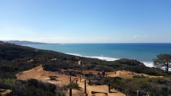 torrey pines water view (strawparadox) Tags: pacificocean torreypinesstatereserve hiking sandiego coastline