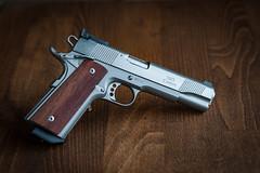 Gun Art (Redfinn-Photoart) Tags: handgepasst sportpistole handwerk pistole coltgovernment hpscustom 1911 groskaliber 9mm hps handmade gun handwerkskunst ganzstahl