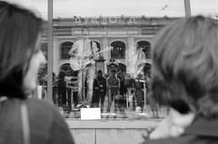 Music to be sold! (Les_Pas_Presses) Tags: artiste chanteur concert insolite matériel musique nikond7000 pays portrait russie saintpétersbourg streetphoto tamron18270 ville