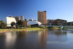 Adelaide, skyline with River Torrens (blauepics) Tags: australia australien south südaustralien adelaide city stadt building gebäude house haus architecture architektur skyline river fluss torrens water wasser