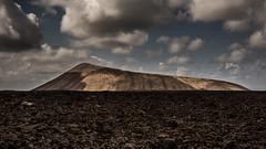 Caldera Blanca, Lanzarote (Piotr_PopUp) Tags: calderablanca timanfaya losvolcanes lanzarote manchablanca canarias canaryislands volcano volcan lava volcanic mountain mountains cloud clouds malpais