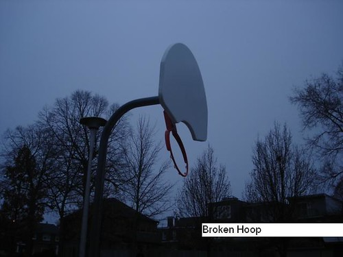 "Phin park before - broken hoop • <a style=""font-size:0.8em;"" href=""http://www.flickr.com/photos/90817668@N02/9119871736/"" target=""_blank"">View on Flickr</a>"