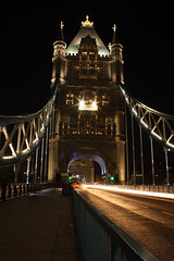Lichter der  Tower Bridge