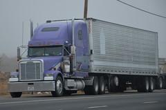 DSC_5616 (Navymailman) Tags: truck big rig wheeler 18