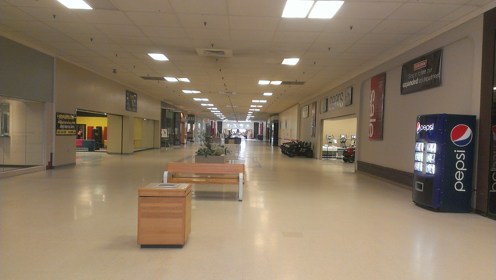 the world 39 s best photos of mall and younkers flickr hive