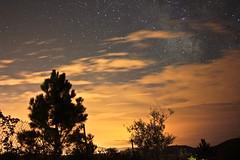 VL. (KaisPhotography) Tags: sky de noche via galicia cielo estrellas nocturna isla ons lactea